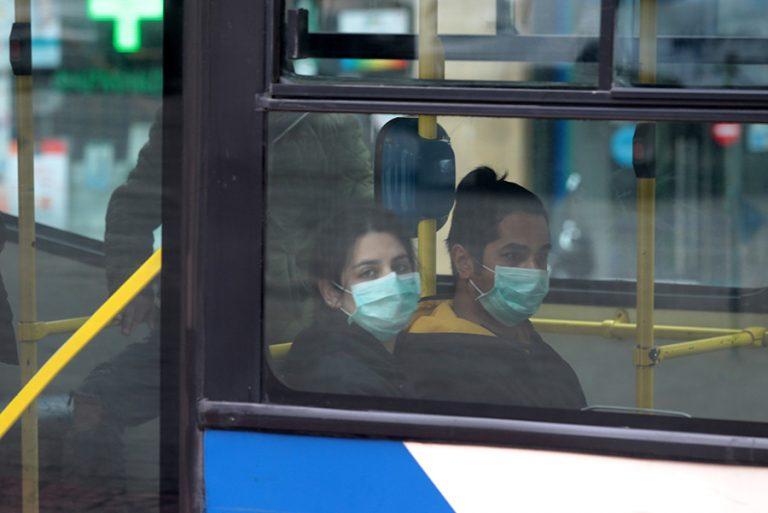 Καθημερινή απολύμανση σε 750 στάσεις λεωφορείων από το Δήμο Αθηναίων