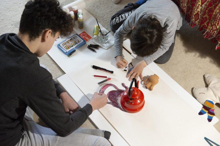 Πρόσκληση «Δημιουργούμε από το σπίτι!» σε παιδιά και εφήβους από το ίδρυμα Β&Ε Γουλανδρή