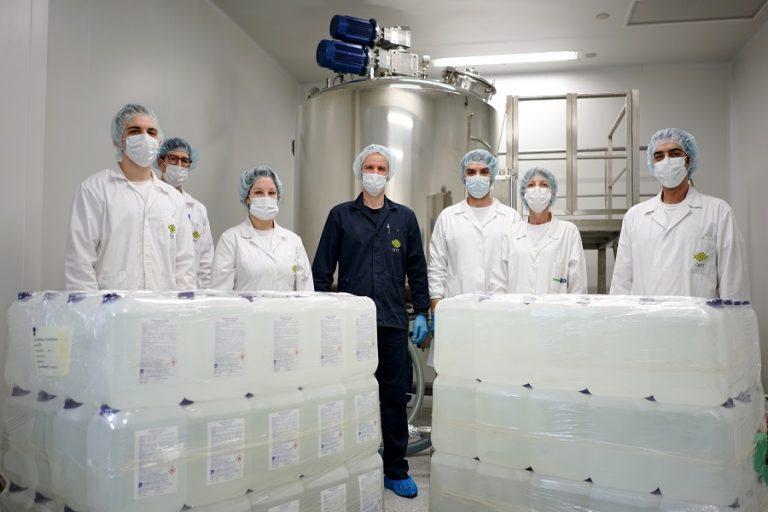 Ο Όμιλος Φαρμακευτικών Επιχειρήσεων Τσέτη δώρισε πάνω από 14.000 λίτρα αντισηπτικό στο ΕΣΥ