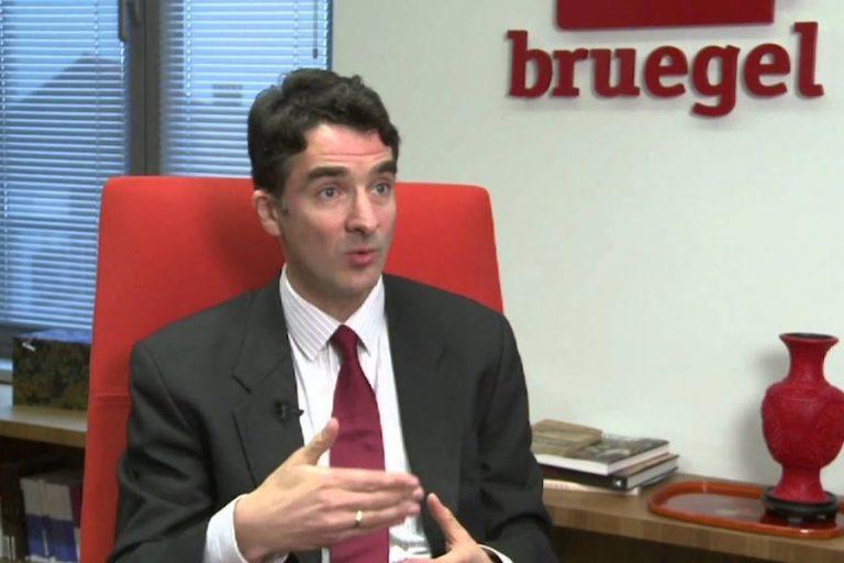 Eκτίμηση – σοκ για Ελλάδα από κορυφαίο αναλυτή του Bruegel: Ύφεση πάνω από 10% και πιθανότητα τέταρτου Μνημονίου