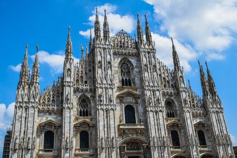 O Andrea Bocelli θα πραγματοποιήσει live συναυλία στο Youtube από τον καθεδρικό ναό Duomo του Μιλάνου