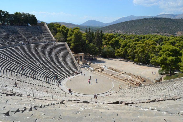 Ένας ελληνικός προορισμός πρώτος ανάμεσα στα δέκα ομορφότερα μέρη για να επισκεφτείτε μετά την καραντίνα