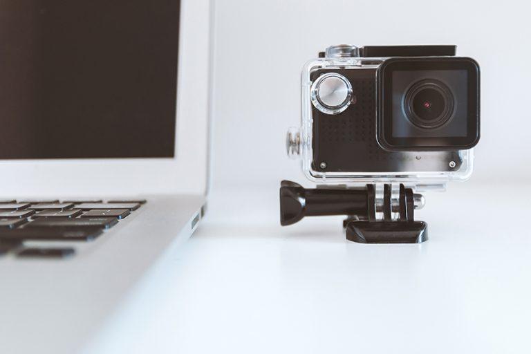 «Κυνήγι» για μια κάμερα υπολογιστή
