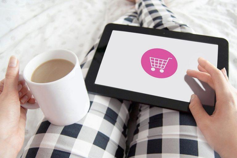 «Εκρηκτική» αύξηση της καταναλωτικής δαπάνης σε ηλεκτρονικά καταστήματα τον Απρίλιο