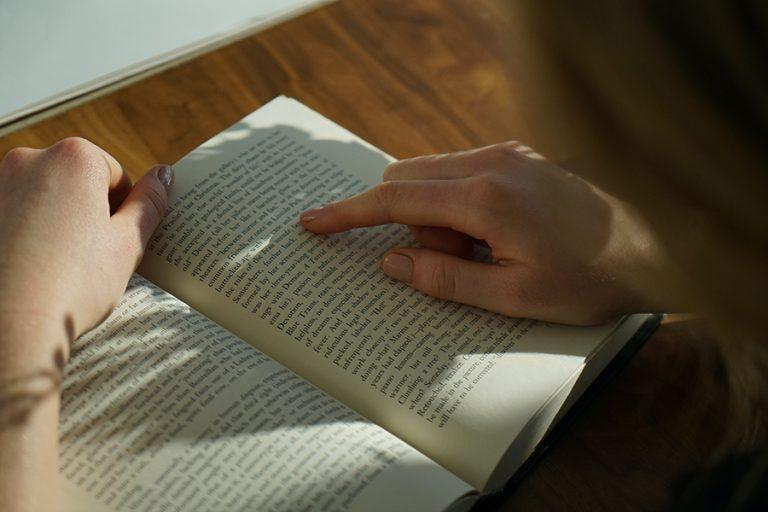 Τι βιβλία διαβάζουν οι Έλληνες τις ημέρες της καραντίνας