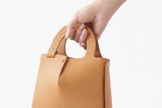 Mai: Μια πρωτότυπη τσάντα που… συναρμολογούμε στο σπίτι