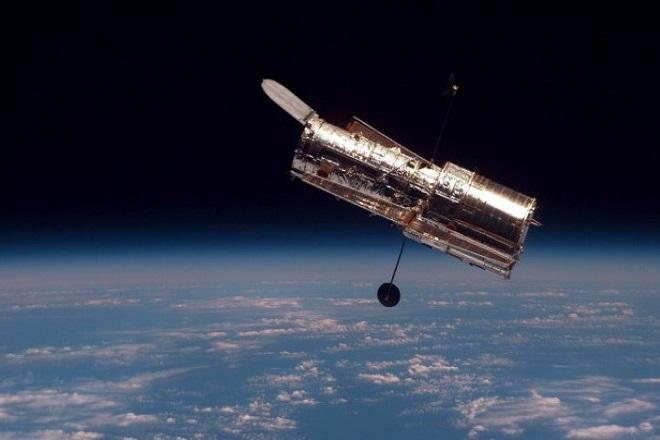 Μήπως θέλετε τη φωτογραφία που «τράβηξε» το Hubble την ημέρα που γεννηθήκατε;