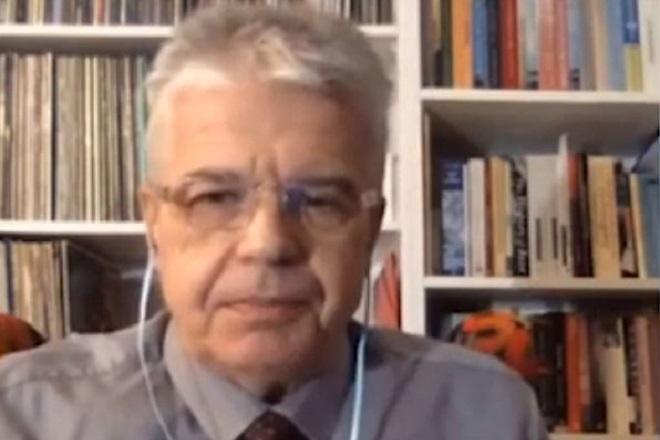 Καθηγητής Γώγος: Αν αυξηθεί η επιδημιολογική καμπύλη, να εξετάσουμε κλείσιμο χερσαίων συνόρων