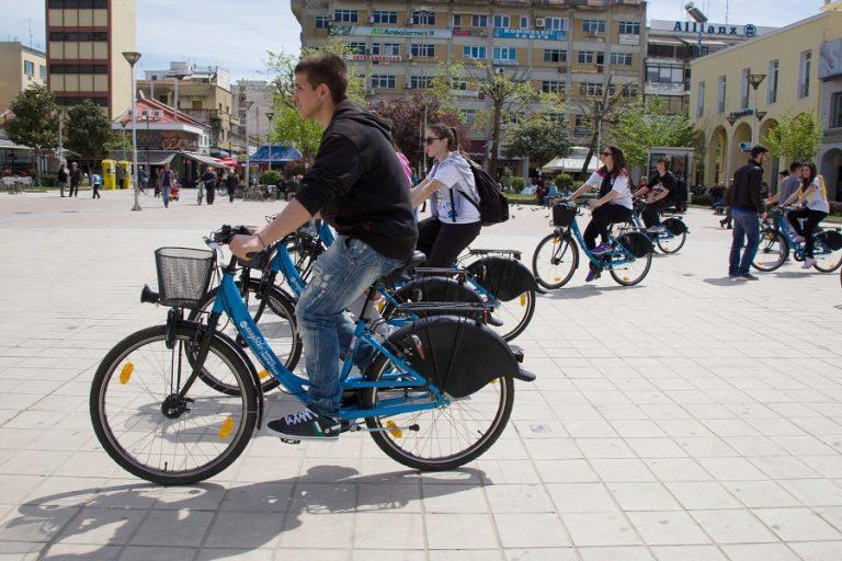 Πρωταθλήτριες στην Ευρώπη η Καρδίτσα και το Ρέθυμνο στο ασφαλές περπάτημα και την ποδηλασία