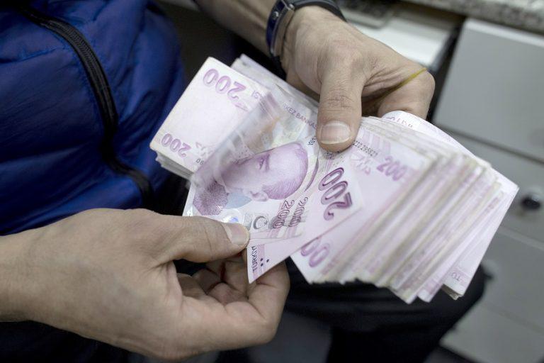 Συνεχίζεται η κατρακύλα της τουρκικής λίρας- Υποτίμηση 21% φέτος