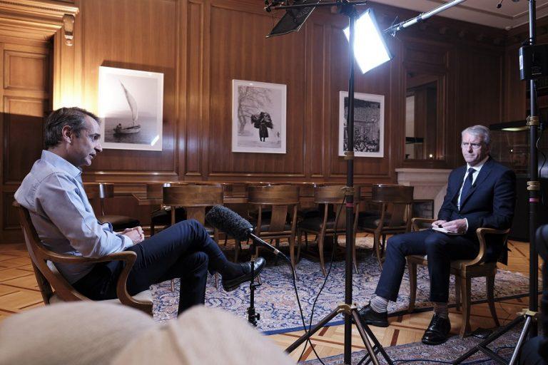Μητσοτάκης στο CNN: Τα χειρότερα είναι πίσω μας- Θα ανοίξουμε την χώρα μόνον εάν είμαστε βέβαιοι
