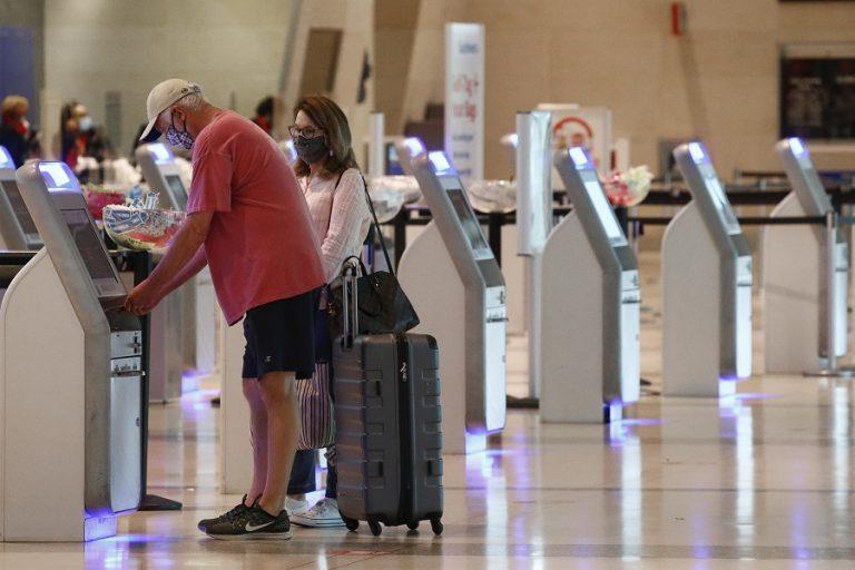 Υπηρεσία Πολιτικής Αεροπορίας: Παράταστη της καραντίνας για όσους εισέρχονται στην Ελλάδα
