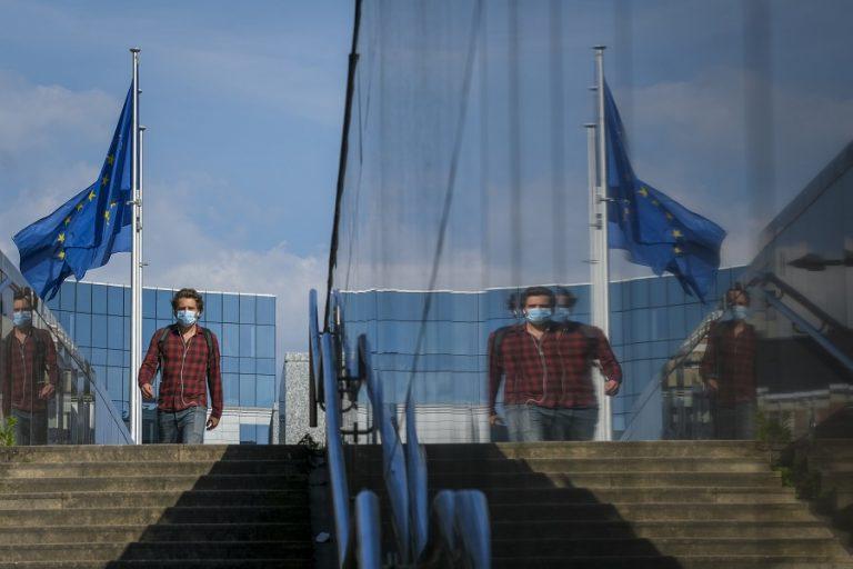 Η τρίτη έξοδος στις αγορές απέφερε 10 δισ. ευρώ στην Κομισιόν για το Ταμείο Ανάκαμψης