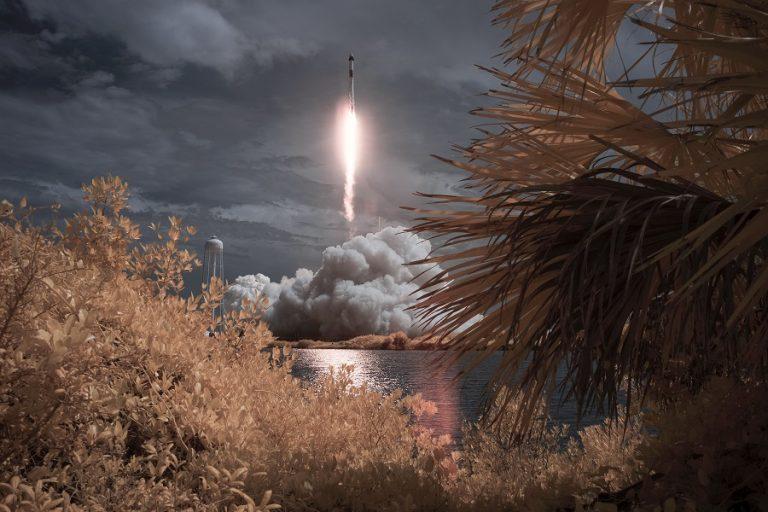 Όλα έτοιμα για την πρώτη διαστημική αποστολή που θα αποτελείται στο σύνολό της από πολίτες
