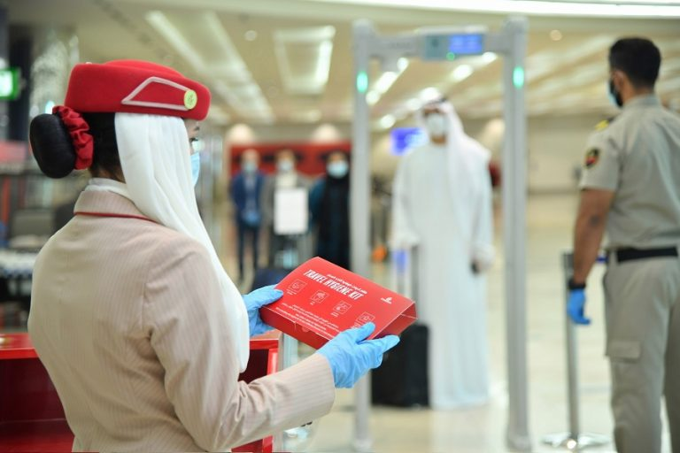 Η Emirates ξεκινάει πτήσεις- Τα μέτρα για την ασφάλεια προσωπικού και πελατών
