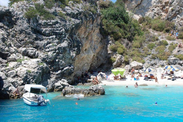 Ελλάδα και Κύπρο «ψηφίζει» ο TUI για διακοπές φέτος
