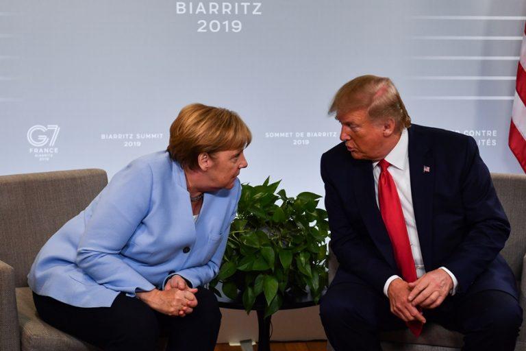 H Ευρώπη στηρίζει τον Παγκόσμιο Οργανισμό Υγείας και «αδειάζει» τον Ντόναλντ Τραμπ