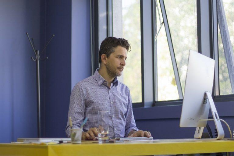 Πώς θα κάνετε πιο «ορατό» το προφίλ σας στο LinkedIn