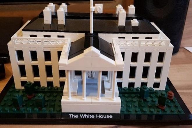 Νέα εκδοχή του Λευκού Οίκου από τουβλάκια Lego
