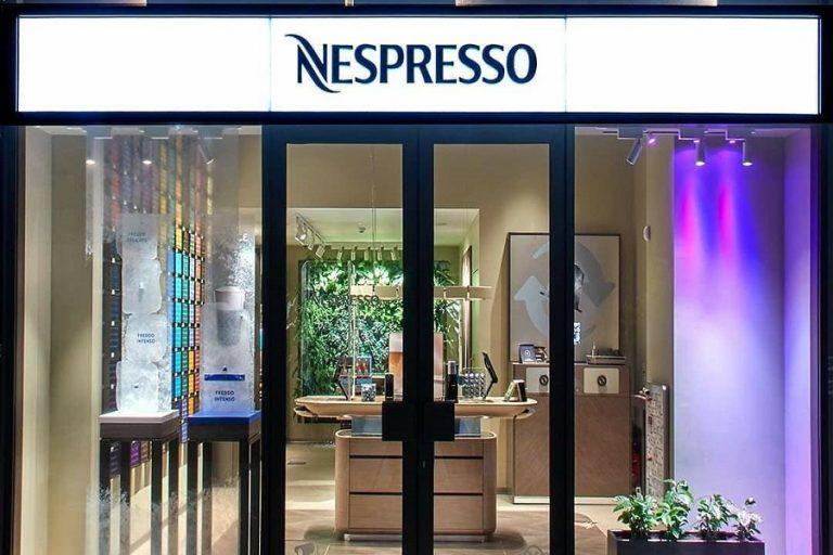 Νέα Nespresso Boutique με έπιπλα από… καφέ και ανακυκλωμένες κάψουλες