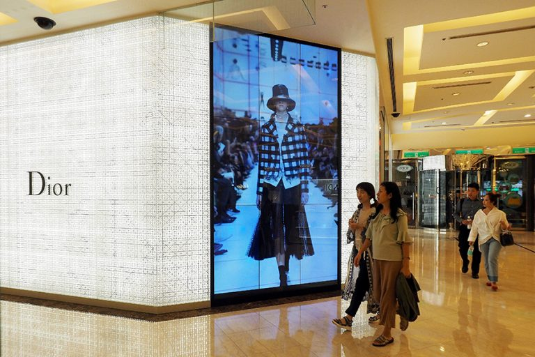 Στην Ιταλία το πρώτο μεγάλο fashion show του Dior μετά το ξέσπασμα της πανδημίας
