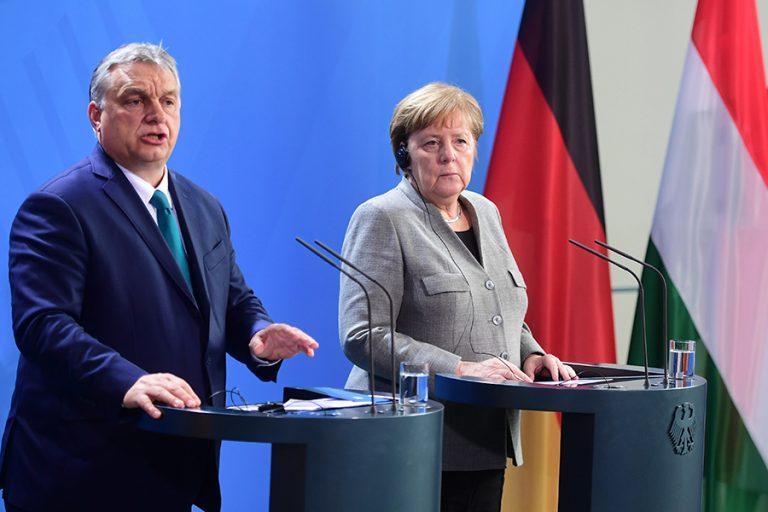 «Ρήτρα Δημοκρατίας» ετοιμάζεται να βάλει στο Ταμείο Ανάκαμψης η Γερμανία