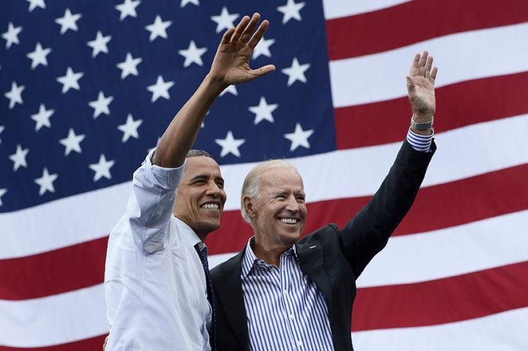 Ο Ομπάμα βάζει «πλάτη» στην προεκλογική εκστρατεία του Τζο Μπάιντεν