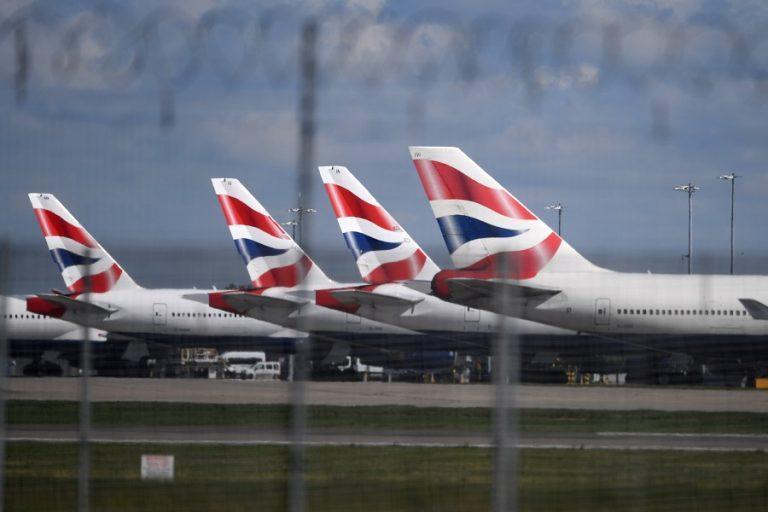 «Βουτιά» 73% της κίνησης των επιβατών στο Χίθροου