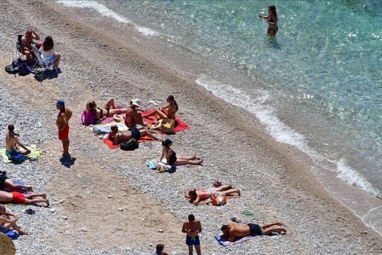 Αυτές είναι οι παραλίες της Αττικής που χαρακτηρίστηκαν ακατάλληλες για κολύμπι