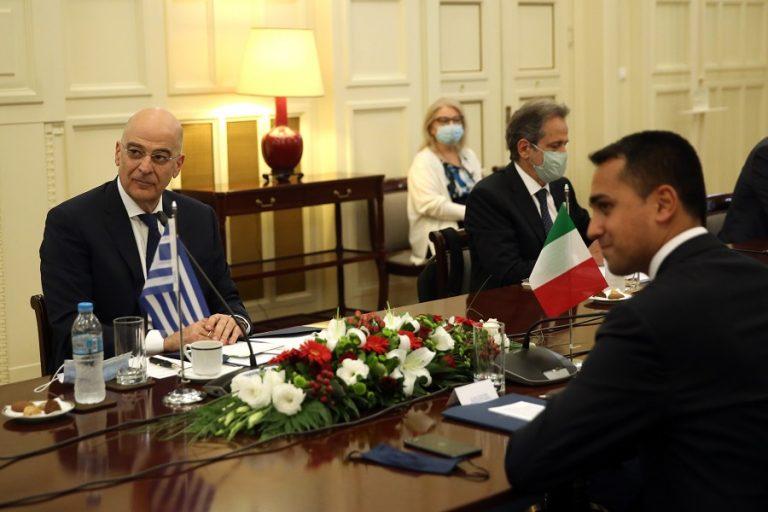 Υπεγράφη η συμφωνία οριοθέτησης θαλασσίων ζωνών Ελλάδας- Ιταλίας