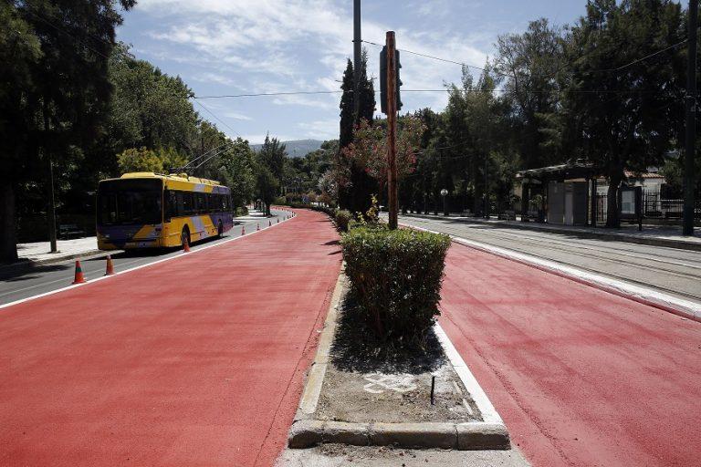 «Μεγάλος Περίπατος»: Ξεκινούν τα έργα στην πλατεία Συντάγματος – Ποιες εναλλακτικές διαδρομές προτείνει ο Δήμος Αθηναίων