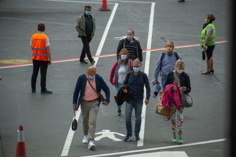 Το σενάριο για δεύτερο κύμα επιδημίας στην Ελλάδα και ο ρόλος του τουρισμού