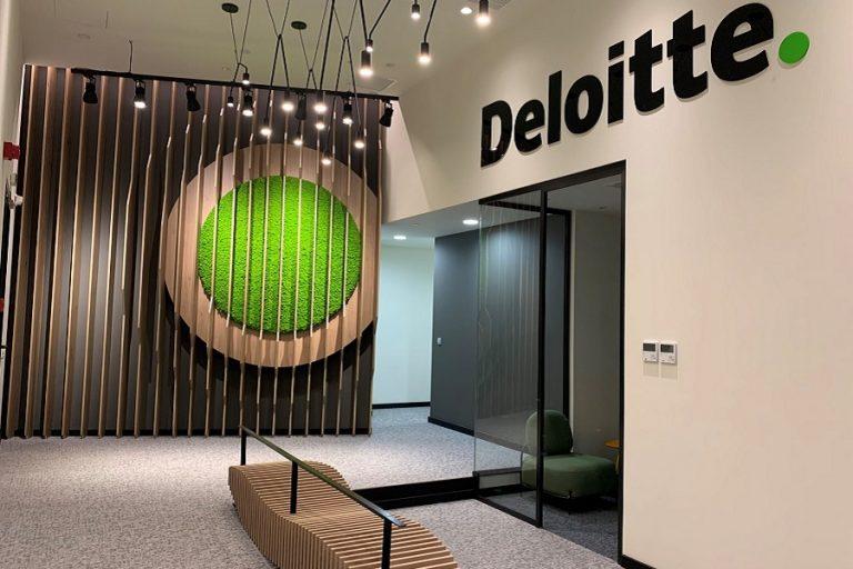 Το ολοκληρωμένο πλάνο της Deloitte Ελλάδος για τη σταδιακή επιστροφή στον χώρο εργασίας