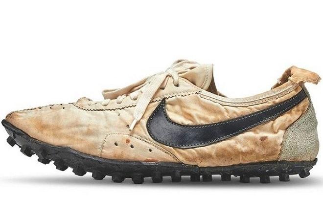 Σε δημοπρασία ένα από τα πρώτα χειροποίητα παπούτσια της Nike