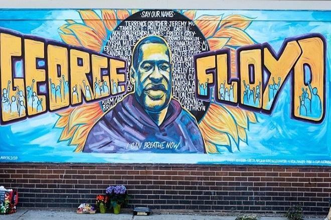 Τόπος προσκυνήματος έχει γίνει τοιχογραφία με τον Τζορτζ Φλόιντ στο σημείο που σκότωσαν