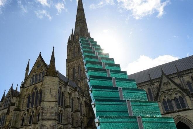 Ένα πραγματικό «Stairway to Heaven» στον Καθεδρικό του Σόλσμπερι στη νότια Αγγλία