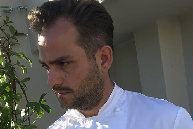 Ηλίας Καριώτογλου: Yes chef! Η μαγειρική από την καρδιά, στην covid εποχή