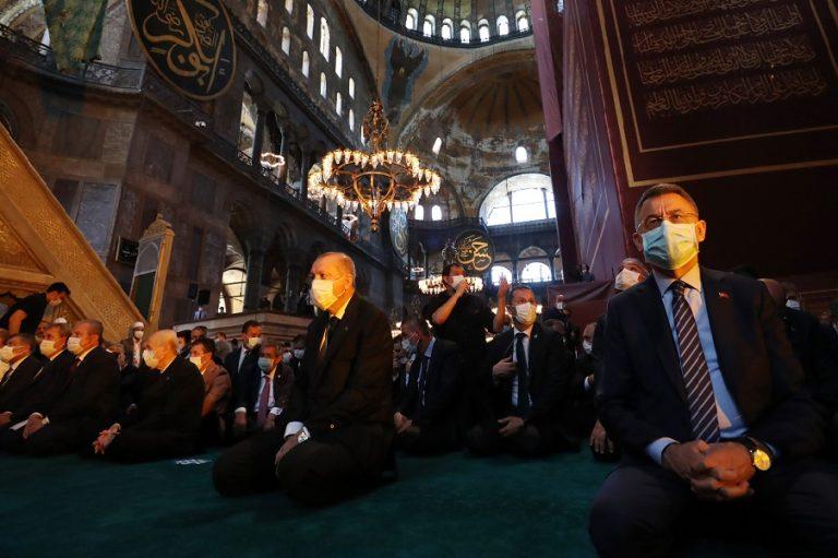 Spiegel για Αγία Σοφία: Η εκνευριστική παράσταση του Ερντογάν