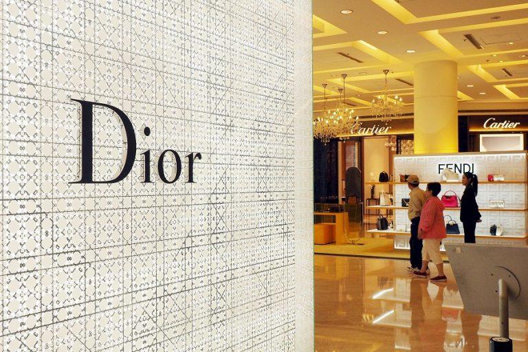 O Dior θα παράσχει εκπαίδευση σε 100 φοιτήτριες μέσω προγράμματος