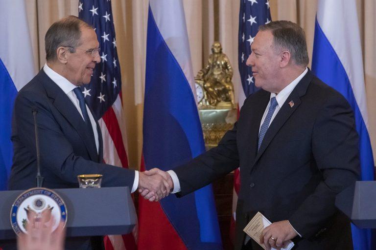 Συζητήσεις Πομπέο με Λαβρόφ: Στην ατζέντα το ενδεχόμενο συνόδου των πέντε μεγάλων δυνάμεων