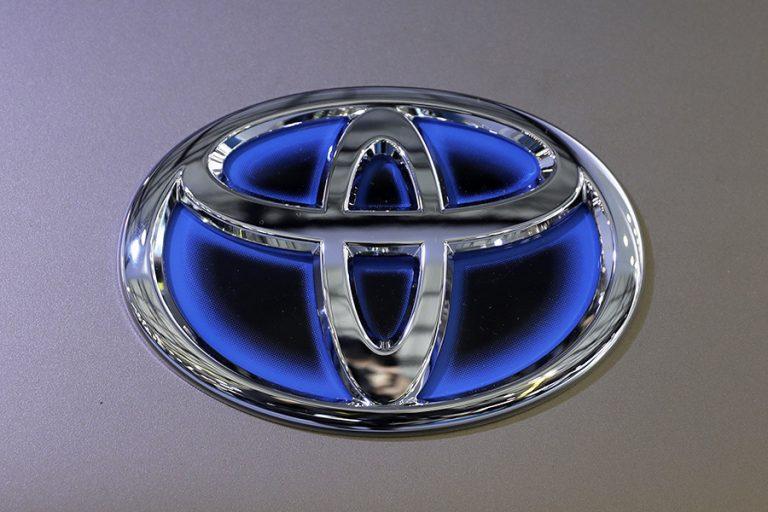 Η Toyota ξεπέρασε τη Volkswagen στις παγκόσμιες πωλήσεις αυτοκινήτων