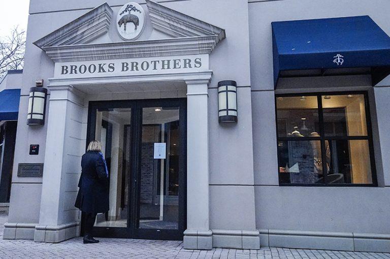 Κήρυξε πτώχευση η ιστορική φίρμα ρούχων Brooks Brothers