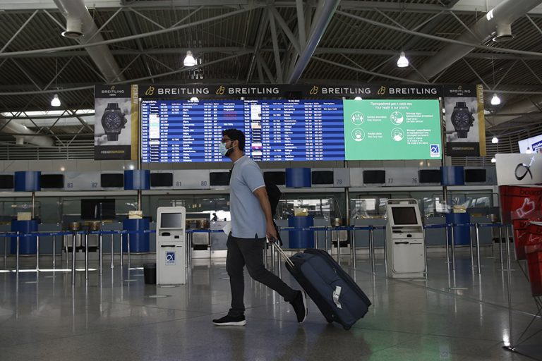 Πρωτοφανής η κρίση στον τουρισμό