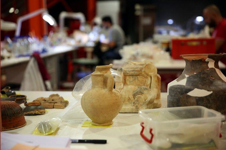 Πλούσια αρχαιολογικά ευρήματα από την επέκταση του μετρό στον Πειραιά (Φωτογραφίες και βίντεο)