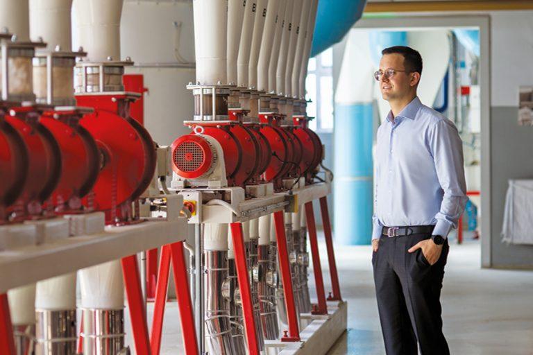 Νίκος Λούλης: Ρίχνει νερό στον μύλο της ανάπτυξης μιας ιστορικής εταιρείας