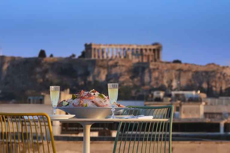 Απολαύστε την ανεπανάληπτη εμπειρία φιλοξενίας των Brown Hotels στο Brown Acropol