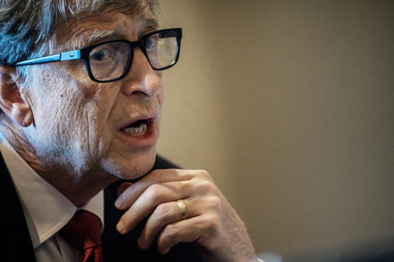 Μπιλ Γκέιτς: Οι μεγάλες εταιρείες πρέπει να ελέγχονται από τις κυβερνήσεις