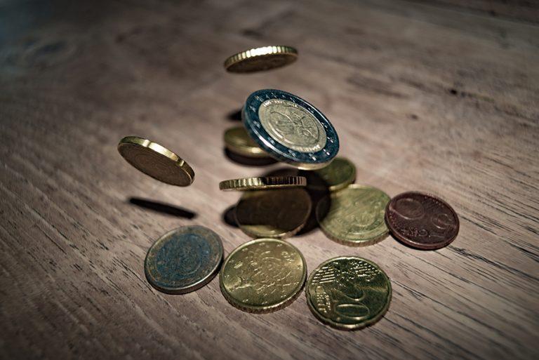 Ο κορωνοϊός εκτινάσσει το χρέος σε επίπεδα… Β' Παγκοσμίου Πολέμου