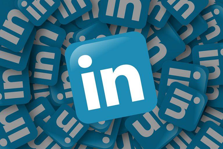 Περικοπή 960 θέσεων εργασίας παγκοσμίως εξετάζει το LinkedIn