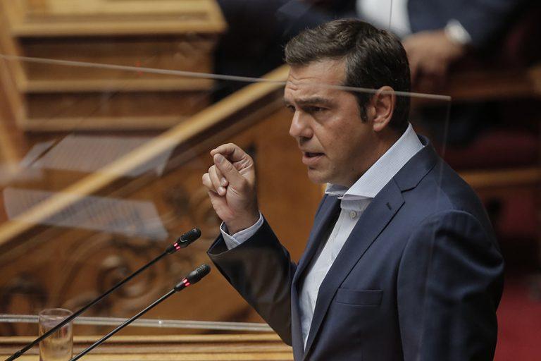 Τσίπρας για Μητσοτάκη: «Ανέμελος στην Ελλάδα με την πανδημία, ανέμελος και στην Ευρώπη με την Τουρκία»